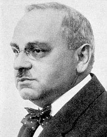 アルフレッド・アドラー(Alfred Adler)の顔写真